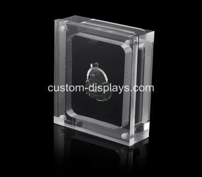 Acrylic jewelry box - closed