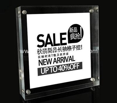 Magnetic poster frame