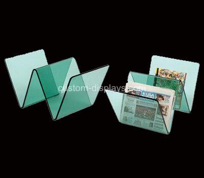 Plastic magazine holders