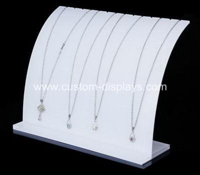 Jewelry necklace display