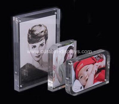 Acrylic magnetic photo frames