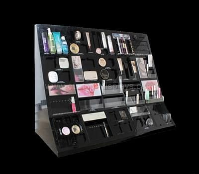 Display cosmetic