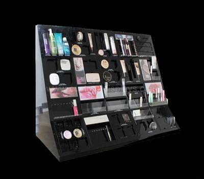 Display cosmetic