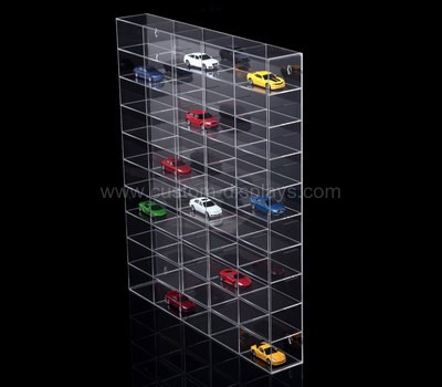 Action figure display cabinet