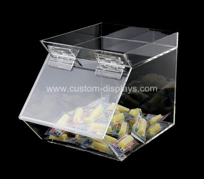 Bulk candy dispenser