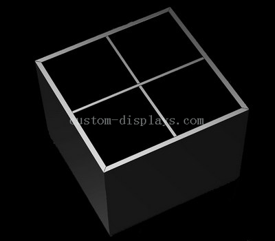 4 compartment box