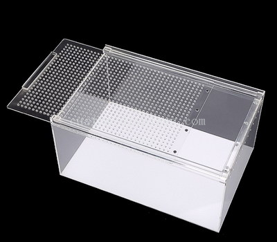 Acrylic reptile display box