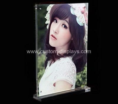Acrylic photo holder