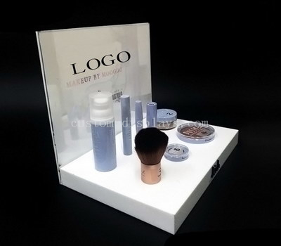 Cosmetic stand design