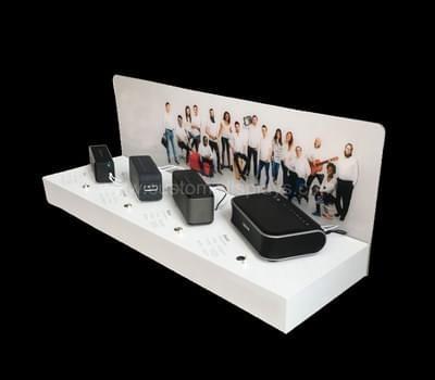 Small bluetooth speakers display