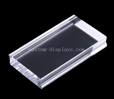 Acrylic block with finger grooves